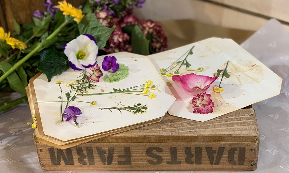 Fun & floral activities for Easter