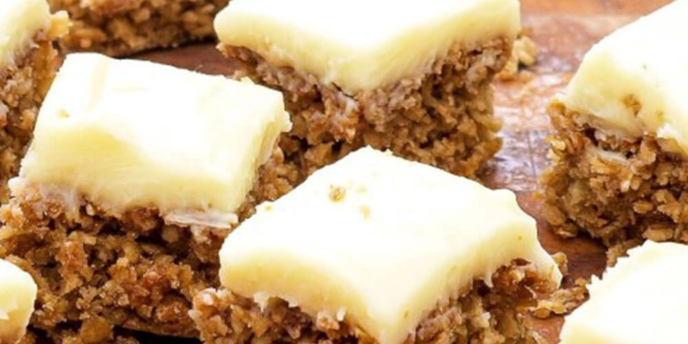 Yoghurt Topped Flapjacks
