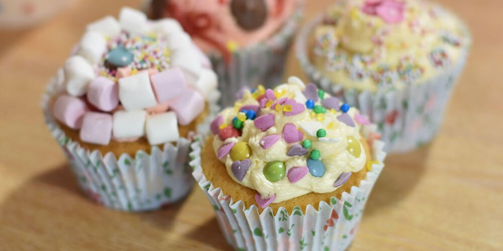 Fairy Cakes with Vanilla Buttercream Icing
